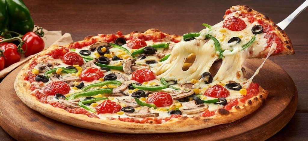 fork N Knives Pizza Look 1024x469 - Fork N Knives pizza kitchen Faisalabad